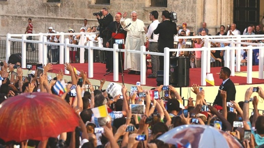 Pope-and-cell-phones-jpg