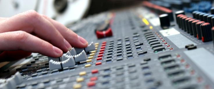studio-1030x430